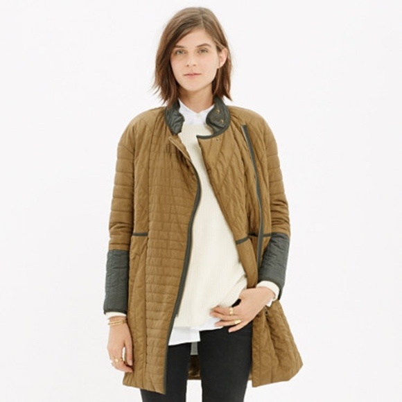 736bb293527bb Madewell Jackets   Blazers - Madewell Olive Green Quilted Down Coat. Small.